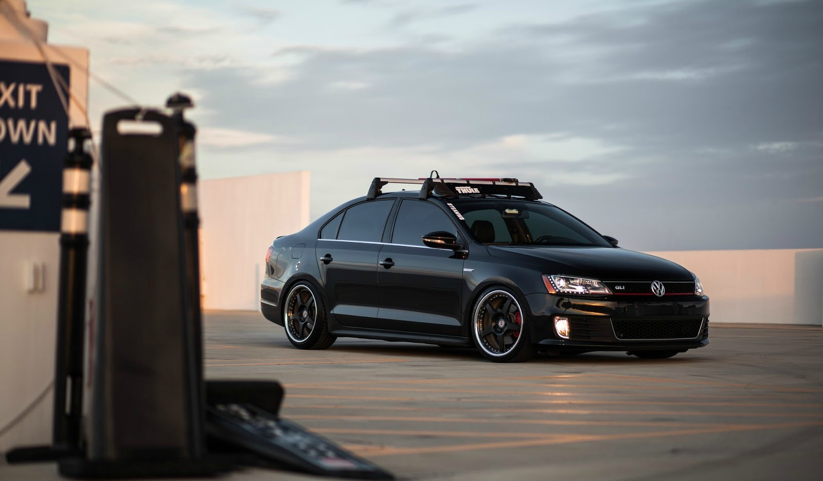 This custom volkswagen gli is ready to rumble and we couldn t be more in love machinecrushmonday mcm vdublove volkswagen love pinterest