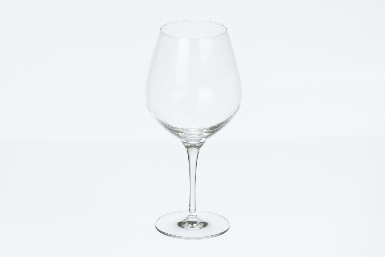 Exquisit Crystal Burgundy Wine Glass