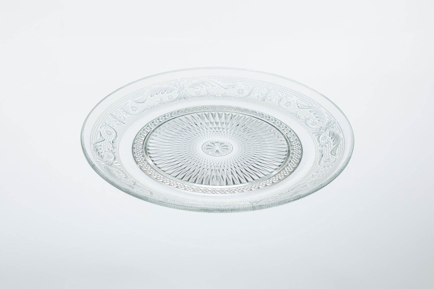 Soho Cut Glass Dinner Plate
