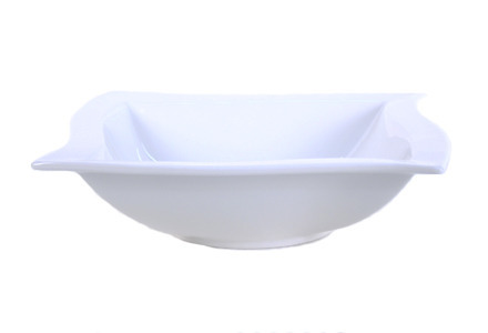 "Solid White Wave Serving Bowl (9.5"")"