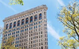flatiron-building-side-view-HOTEL1016