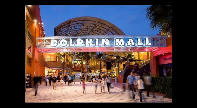 Dolphin Mall Welcomes Summer