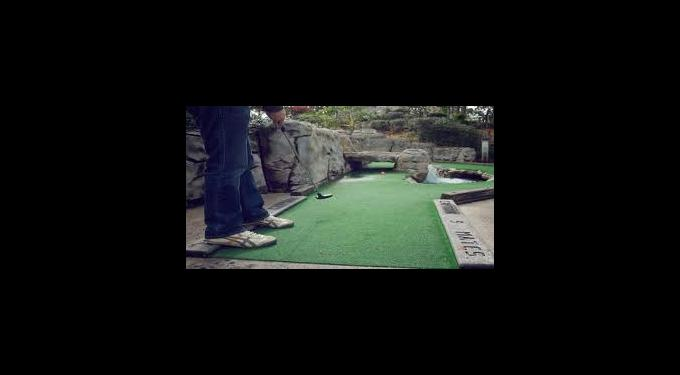 Adventure Mini Golf