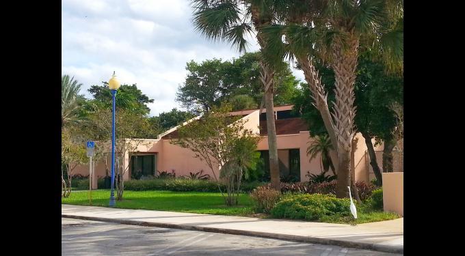 Howard park community center south florida finds - Palm beach gardens recreation center ...