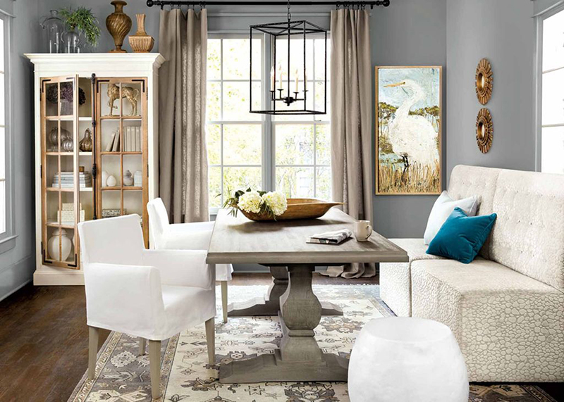 Slate blue dining rooms Homes with slate blue to pale gray blue dining rooms also sold for more money — $1,926 more on average than homes with white dining room wall colors.