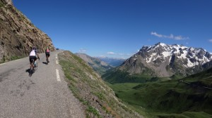 Col du to Col du Galibier. Picture courtesy of Steve Cunningham, procyclingtours.com