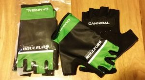 green_and_black_gloves-672x372