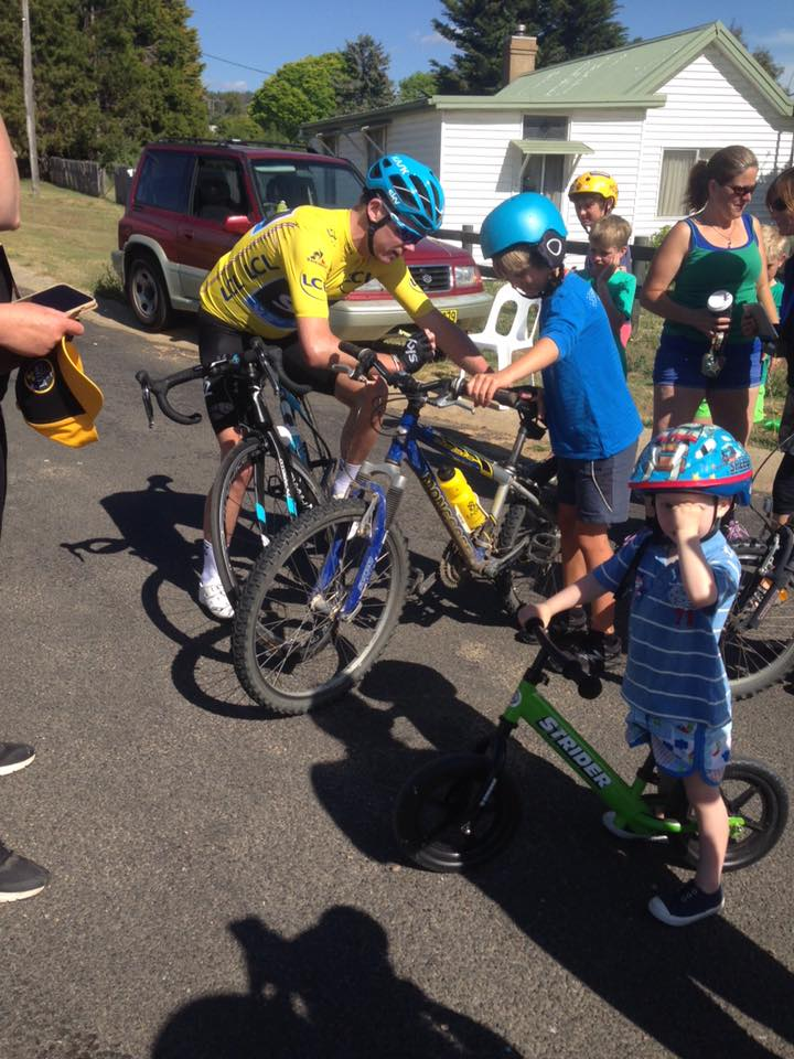 Chris Froome at a rest stop , picture courtesy of www.destinationjindabyne.org.au