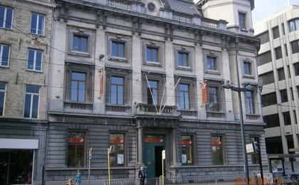 Oude_postgebouw_2