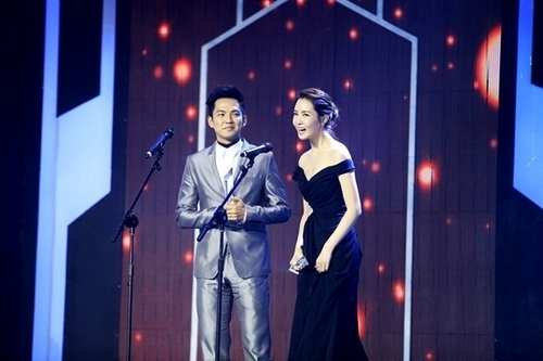 Lee Da Hae wins best actress award