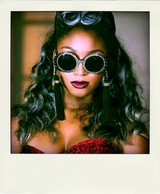 Fifth_harmony_normani_x_currie_a-morir_eyewear-pola