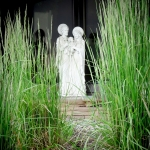 holy-family-statue