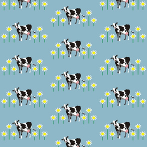 spoon_flower_cow_with_daisies