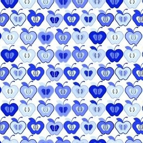 Small_Blue_Apples_Spring_09