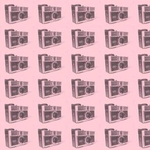 retro camera/pink 1