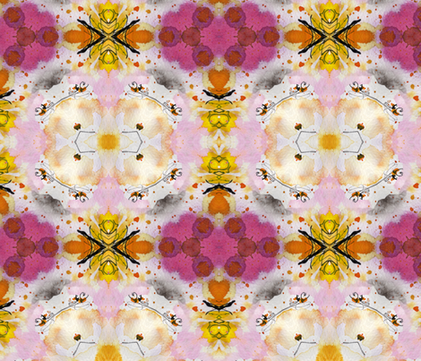 Queen Bee Ginette Pattern fabric by ginette on Spoonflower - custom fabric