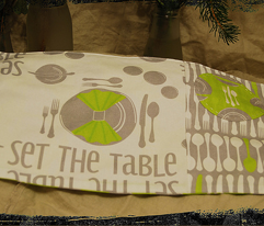 Rrsetthetable-green_comment_9512_preview