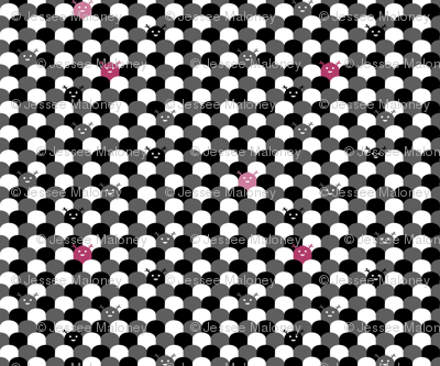 Monster Scallop - Black and Pink