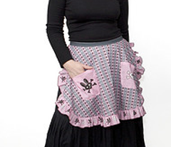 Rrbunnygothapron_adult_comment_17407_preview