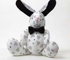 Bunny Goth Scatter White