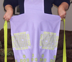 Rrleaf_flowers_apron_j_comment_30301_preview