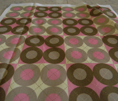 Rpink-argyle-circles_comment_78158_preview