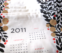 garland calendar towel