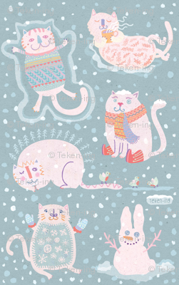 Kittens with mittens