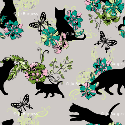 crafty cats butterfly chase!
