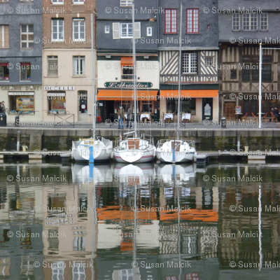 Three Boats at Honfleur