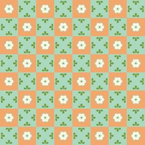 Checkerboard Leaf - Victorian Apricot