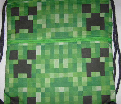 Rminecraft_creeper_wallpaper_by_lynchmob10_09_comment_244878_preview
