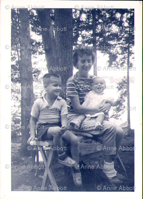 Anne_s_Family_Photo_59