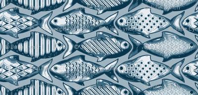 Metal fish large