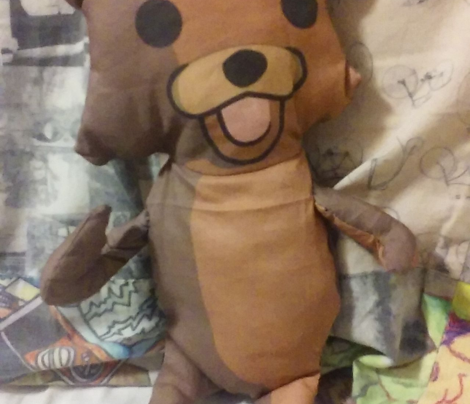 Rrpedobear_plushie2_comment_641734_preview