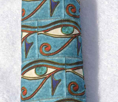 Rrrrcolor-eye-horus_large_comment_140775_preview