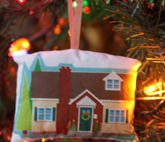 Memories of Home ornament (1930s  Cape Cod)