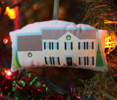 Memories of Home ornament (2000s Colonial)