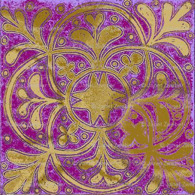 Interlock Lilac Medallions