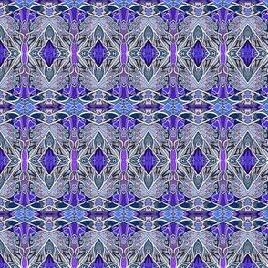 Clasique Purple Gothique