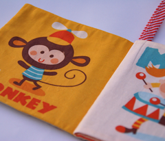 Babyclothbook-onlybook1-01_comment_123305_preview