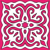 Barock style Cut Art to pink pattern.