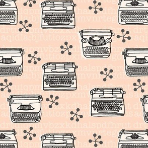 Typewriter // vintage blush and cream vintage homewares