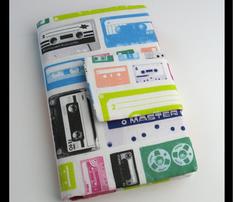 Cassettes-puzzlecolor300rgb_comment_150839_thumb