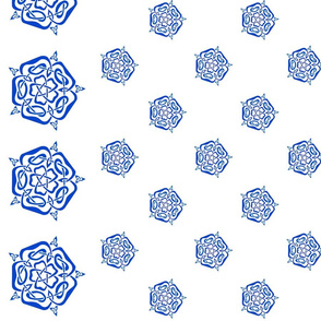 tudor celtic rose small blue on white