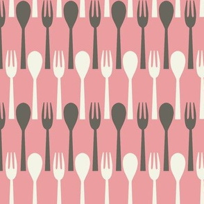 Spoon & Fork / Pink