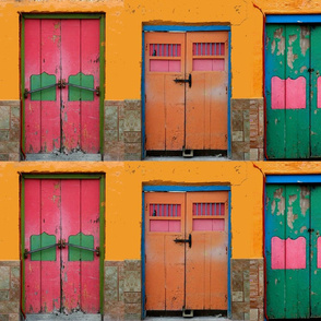 6 doors in Mexico
