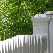 Rrrrrr015_white_picket_posts_l_shop_thumb