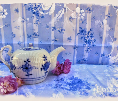 Rswedish_floral_stripe_blue__comment_528754_preview