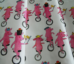 Unicycling Pigs